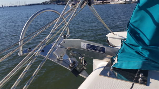 anchor on catamaran Manta 42 Mk small for slider