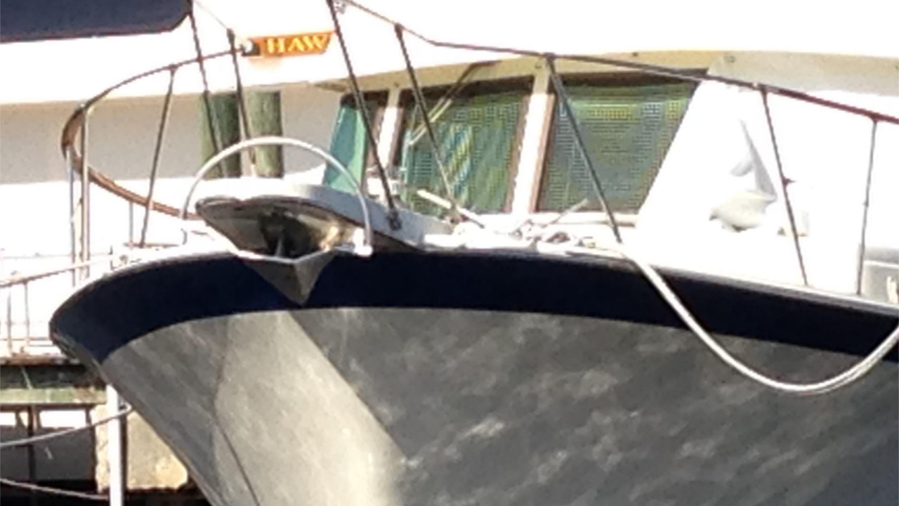 Mantus Anchor on Bow Pulpit 6