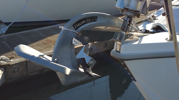 Mantus Marine Anchor Mate with a Vulcan anchor